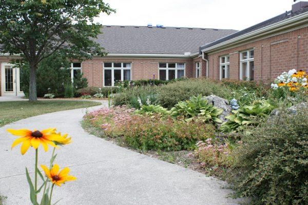 Huronview - Courtyard