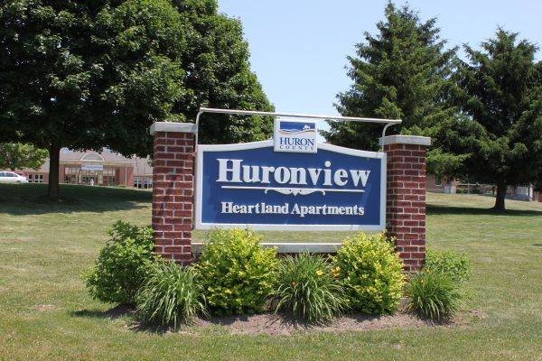 Huronview - Sign